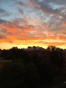 Фото -Багровый закат солнца